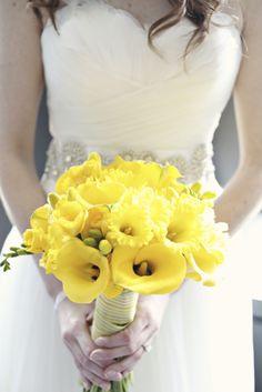 daffodils & lilies wedding bouquet