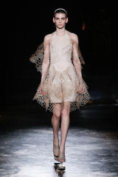 Iris van Herpen | Paris Fashion Week | Fall 2016 - welcome in the world of fashion