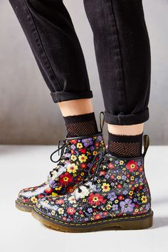 Martens Vintage Garden Boot- Black Multi from Urban Outfitters. Shop more products from Urban Outfitters on Wanelo. Dr Martens Stiefel, Botas Dr Martens, Dr Martens Boots, Doc Martens Oxfords, Sock Shoes, Cute Shoes, Me Too Shoes, Shoe Boots, Ankle Boots