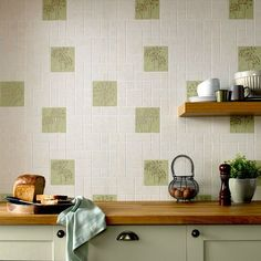 This #wallpaper adds a real touch of interest, blending pale #green, #beige & #gold to give a really #homely feel. 📷: @GrahamandBrown #tips #interiordesign #interior #interiorstyle #interiorlovers #interior4all #interiorforyou #interior123 #interiordecorating #interiorstyling #interiorarchitecture #interiores #interiordesignideas #interiorandhome #interiorforinspo #decor #homestyle #homedesign