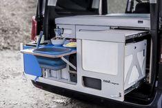 Camper Van Kitchen, Sleeping In Your Car, Vw California T6, Minivan Camper Conversion, Custom Campers, Mini Camper, Truck Camper, Van Camping, Small Wood Projects