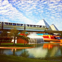 iPhoneography (from DisneyTouristBlog.com) - how to take quality photos with your iPhone