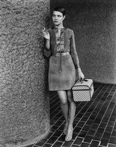 The Art of Seduction Model: Natalia Vodianova Photograpy Alasdair McLellan Fashion Editor Katie Grand Love Magazine, Magazine Mode, Natalia Vodianova, Mario Testino, Vintage Gucci, Vintage Fashion, Art Of Seduction, Vogue, Fashion Editor