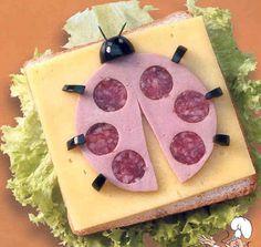 Como decorar una mesa de buffet | Solountip.com