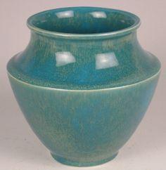 Cowan Pottery Art Deco Ribbed Vase Azure by Art Deco Design, Main Colors, Pottery Art, American Art, Stoneware, Porcelain, Vase, Ceramics, Sculpture