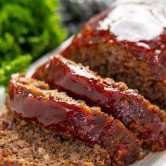 Classic Meatloaf Recipe, Good Meatloaf Recipe, Meat Loaf Recipe Easy, Best Meatloaf, Classic Recipe, Easy Meatloaf Recipe With Bread Crumbs, Meatloaf Sauce, Homemade Meatloaf, Healthy Meatloaf