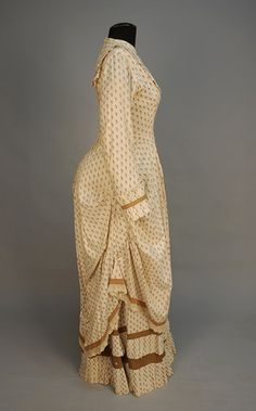 PRINTED COTTON POLONAISE DRESS, 1880's