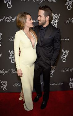 Blake Lively pregnant - by http://www.futuramadre.es