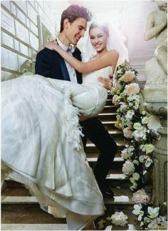 Groom carrying the bride, Fashion Wedding Photography Best Wedding Dresses, Wedding Poses, Bridesmaid Dresses, Wedding Images, Wedding Styles, Wedding Photography Inspiration, Wedding Inspiration, Photography Ideas, Dream Wedding