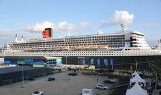 Queen Mary 2 - Hamburg Habor