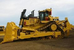 Weslaco CAT Caterpillar skid steer loaders slope boards, Weslaco CAT Caterpillar backhoe telehandlers, Weslaco CAT Caterpillar bulldozer, water tankers trucks, track loaders, graders, feller bunchers, CAT lube service maintenance, truck, bulldozer,Caterpillar D11R.850hp,230,000 lbs-SR