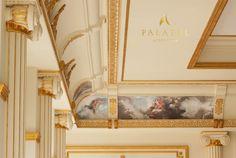 Salon de evenimente cu profile decorative din polistiren CoArtCo pentru interior Roman Shades, Oversized Mirror, Curtains, Frame, Interior, Profile, Home Decor, Picture Frame, User Profile