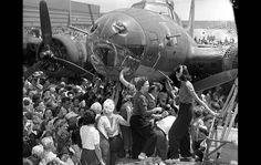 B-17 Memphis Belle War Bond Tour | PHOTO BY: Los Angeles Daily News Archive / UCLA