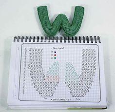 Alfabeto crochet - W Crochet Diy, Crochet Chart, Love Crochet, Crochet Motif, Crochet Stitches, Crochet Gratis, Crochet Letters Pattern, Crochet Alphabet, Crochet Patterns