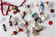 from upcycled oilcloth and rest of fabric and ribbons!