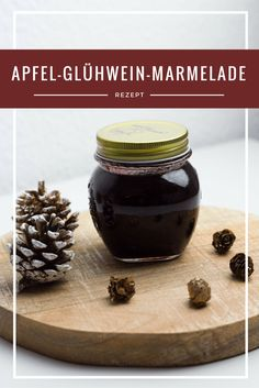 An apple and mulled wine jam that looks great on a Christmas breakfast . - An apple and mulled wine jam that looks great on the Christmas breakfast table and is a great gift - Wine Jelly, Desserts With Biscuits, I Chef, Mulled Wine, Christmas Breakfast, Evening Meals, Southern Recipes, Breakfast Recipes, Apple Breakfast