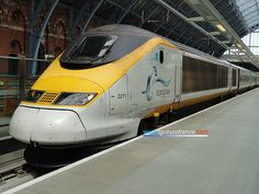 A Eurostar train (the 3211 SNCF trainset) owned by the French rail company in St Pancras International Station in London. This trainset has the new Eurostar logo on its livery. Transportation Engineering, Uk Rail, Europe Train, Trans Siberian Railway, London Winter, High Speed Rail, Steam Railway, Electric Train, Speed Training