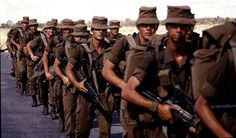 The South Africa Border War with Angola was a all out fight against communism and was fought between the South African Defence Force (SADF) and the Communist. South Afrika, Army Day, Defence Force, Military Pictures, West Africa, Special Forces, Troops, Soldiers, History