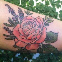 Tatuaje para Rocío ♥ Tengo turnos disponibles para la semana que viene   #botanicaltattoo #tattooed #tattoos #tattooartist #flowers #flores #belpainefilu #bttbuenosaires #inkedmag #inked #tattooart #tattoodesign #flowertattoo #tattoolife #equilattera #plants #rosa #lavandas #TAOT