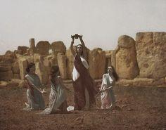 Gwaschemasch'e Efendi leads ladies of her retinue in solstice rite at Mnajdra Qrendi, Malta 1906