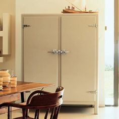 How freaking cool is this refrigerator? It looks retro but is new. NIce! Meneghini La Ghiacciaia Icebox, Remodelista