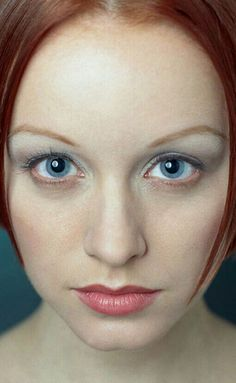 Lindy Booth brings out the Sapiophile in me