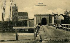 De Zuidpoort met de Catharijne kerk zoals hij er toen uitzag