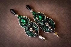 Polnočný smaragd - šujtášové náušnice (strieborná) (Strieborná)
