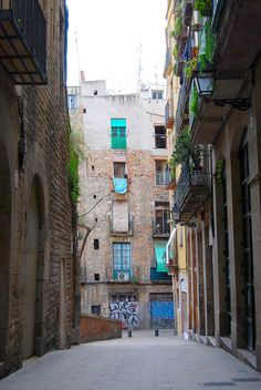 Baixada+de+Viladacols Vignettes, Street Art, Barcelona, Windows, Urban, Explore, Architecture, Drawings, Snood