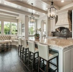 Home staging: 10 cheap tips to revamp your kitchen - My Romodel Kitchen Redo, Home Decor Kitchen, Rustic Kitchen, New Kitchen, Kitchen Island, Awesome Kitchen, Kitchen Ideas, Kitchen Open To Living Room, Kitchen Floors