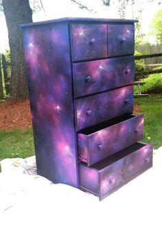 Galaxy Dresser by BriannaVee - Galaxis Galaxy Decor, Galaxy Theme, Diy Galaxie, Furniture Makeover, Diy Furniture, Furniture Repair, Space Furniture, Furniture Outlet, Furniture Stores