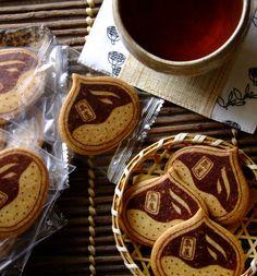 Maron cookies . Japanese sweets / 泉屋