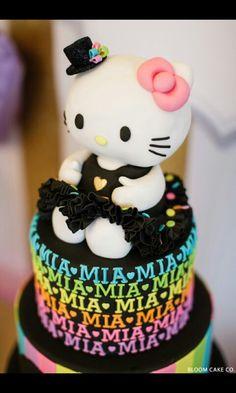 8b7b452fb Hello kitty cake in lookin good Hello Kitty Theme Party, Hello Kitty  Birthday Cake,