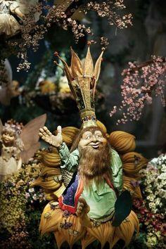 In de Efteling attractie Droomvlucht vlieg en zweef je door een magische wereld vol met allerlei elfjes, feeën en trollen. Net als in je mooiste dromen! Fairy Land, Fairy Tales, Holland Europe, Dutch Artists, Beautiful Dream, Thing 1, Conte, Faeries, Home Art
