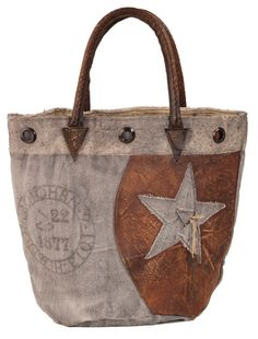 Olde Green Cupboard Designs: Look at these bags!!