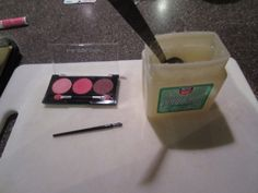 Homemade Lip Gloss & Lip Balm