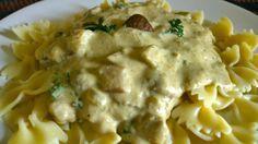 Paste cu sos de hribi - à la Adrian Hădean Paste, Romanian Food, Potato Salad, Goodies, Food And Drink, Vegetarian, Chicken, Meat, Cooking