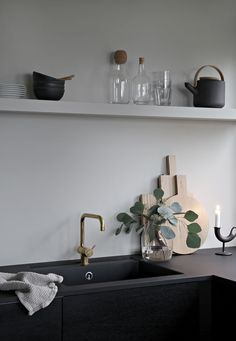 Autumn mood in the kitchen More with KV1 by Vola and Corky Carafe by Muuto