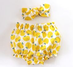 Hey, I found this really awesome Etsy listing at https://www.etsy.com/listing/227654634/yellow-apples-baby-bloomer-set-baby