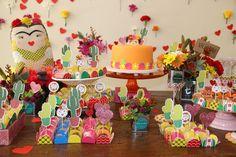 Festa de 1 ano com tema Frida Kahlo   Baby & Kids   It Mãe