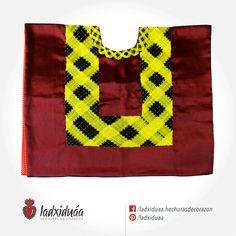 Huipil de Golpe guinda, con tejido de cadenilla en hilos amarillo y negro.