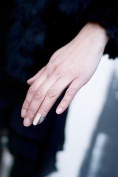 fingernail ring by Anna Sara Dåvik