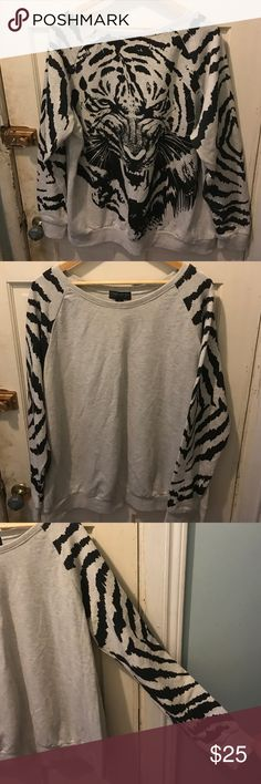 Forever 21+ plus size 3x women's tiger sweatshirt Black/white sweatshirt width 25 inches height 27 inches sleeves 26 inches happy shopping have a nice day! Forever 21 Tops Sweatshirts & Hoodies