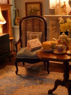 Latchkey and Jonquil dollhouse living room