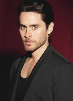 "Photoshot ""Hugo Red"" - Jared Leto (2013)"