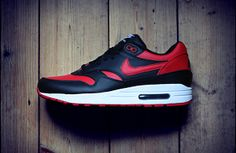 These  Banned  Jordan 1-inspired Air Max 1 iDs Are Awesome  8d83f9a9a