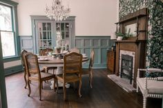 Lovely historic ideas here.Ben and Erin Napier lovingly revitalize the charm in a classic home that has an interesting history dating to World War II. Home Town Hgtv, Hgtv Kitchens, Classic House, Home Renovation, Fixer Upper, Old Houses, Luxury Homes, Sweet Home, New Homes