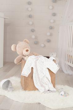 Chambre bébé 100 % douceur gris et blanc #kinousses #chambre #bébé #gris #blanc