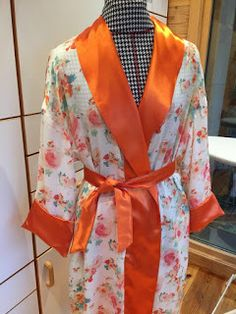 The last challenge this episode was to sew a luxurious bathrobe with a creative belt within 3 hours 30 minutes! Bee, Passion, Sewing, Honey Bees, Dressmaking, Couture, Stitching, Bees, Sew