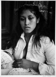 Graciela Iturbide Madona, 1980 Ciudad de México, México Plata sobre gelatina
